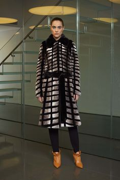 Derek Lam Fall 2017 Ready-to-Wear Collection Photos - Vogue (Belted Grphic Mink Intarsia Coat)
