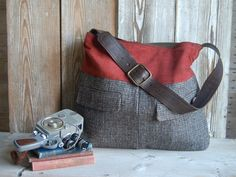 Upcycled+Men's+Suit+Tote++rust+corduroy+and+mens+by+hoakonhelga,+$65.00.... I could totally have someone do this for me..  *ahem