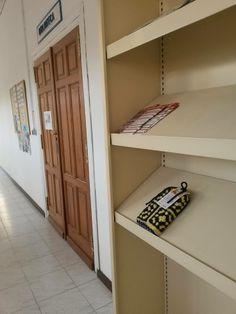 Esperando la apertura de la biblioteca