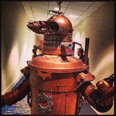 #Steampunk Tendencies | Steampunk Bender  #Cosplay #Futurama