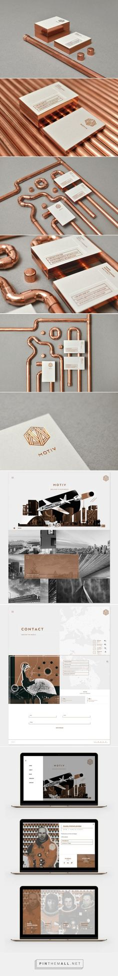 MOTIV stationery featuring copper gilded edges on business cards