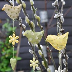 These hanging birds will add a touch of character to your home