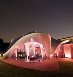 + Arquitetura :   Conheça a galeria Serpentine Sackler, projetada pela Zaha Hadid, localizado em Londres (Reino Unido).