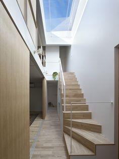 Atlas House / Tomohiro Hata Architect and Associates
