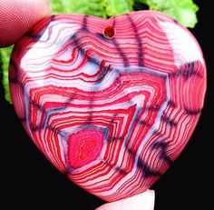 Natural interesting pink dragon vein agate by NaturalMineralsShop