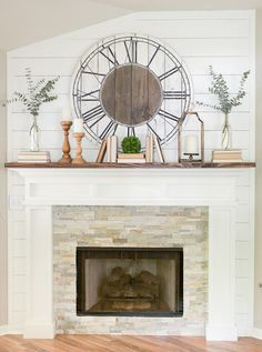 Farmhouse Spring Home Tour- mantle with books and greens Farmhouse Fireplace, Farmhouse Clocks, Fireplace Update, Fireplace Mantal Decor, Fireplace With Wood Mantle, Fireplace Remodel, Living Room With Fireplace, Fireplace Mantels, Reclaimed Wood Mantle