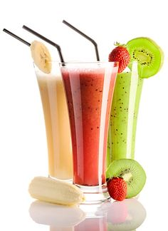 Protein Smoothies- the kiwi and the strawberry ones are the best Smoothie Proteine, Protein Smoothies, Easy Smoothies, Fruit Smoothies, Smoothie Recipes, Homemade Smoothies, Ginger Smoothie, Juice Recipes, Drink Recipes