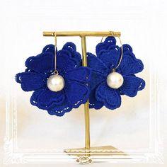 新作のご案内その5です♡ @elie.accessories よりゆらゆらコットンパールとお花が可愛いフープピアスが届きました♡ 大きめのお花が耳元に咲いたように、ゆらゆらと揺れてとってもキュートですよ♡ オンラインストアよりお求め頂けます♡  https://kicky.theshop.jp #アクセサリー #ジュエリー #ハンドメイド #シンプル #デザイン #ファッション #コーデ #コーディネイト #かわいい #フォロー大歓迎 #accessories #accessory #simple #design #fashion #cordinate #love #lovely #cute #オンラインストアkicky  #ピアス #ハンドメイドアクセサリー #花 #コットンパール #猫 #ねこ #elieaccessories #flowers #handcrafted #handmade