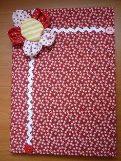 Caderno com capa de tecido decorado com tecido