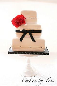 white black wedding  cake by Cakes by Tessa, via Flickr #Black #Wedding #Cake