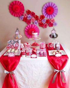 Decorare la tavola per un buffet - Addobbi di carta e stoffa