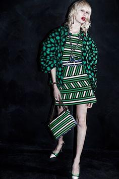Sfilata Lanvin New York - Pre-collezioni Primavera Estate 2016 - Vogue