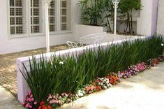 - - Home Gardening Balcony Front House Landscaping, Front Garden Landscape, Outdoor Landscaping, Landscape Design, Garden Design, Beach Gardens, Outdoor Gardens, Small Patio Design, Pot Jardin