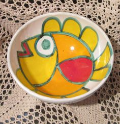 Hey, I found this really awesome Etsy listing at https://www.etsy.com/listing/242273481/vintage-desimone-italian-pottery-bowl