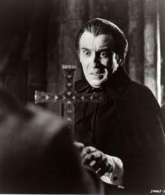Christopher Lee como Dracula (1970) ♥