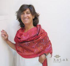 Pañuelo de lana bordado, fular rojo bordado, pañuelo con diseño paisley, pañuelo…