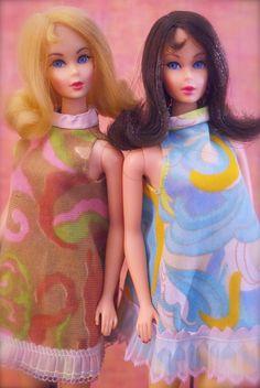 """Vintage Twist n' Turn """"Marlo Flip"""" Barbies"""