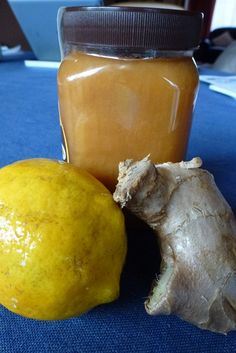 Lemon, Honey & Ginger Syrup is perfect for soothing those winter sore throats and giving a boost to your immunity. It is quick and easy to make and a perfec Fresh Lemon Juice, Fresh Ginger, Cordial Recipe, Clean Eating, Healthy Eating, Ginger Syrup, Lemon Slice, Feel Better, Natural Health