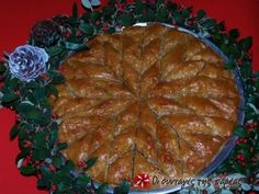 Christmas baklava Recipe by Cookpad Greece - baklava - Desserts Greek Sweets, Greek Desserts, Greek Recipes, Christmas In Greece, Fudge, Greek Baklava, Graham, Eat Greek, Dessert Places