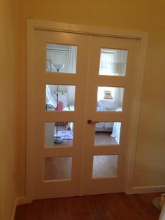 #puerta doble modelo BOSCO V4 cristal transparenteTarima Quick Step Serie Eligna U864 Cerezo natural en planchas #doors Windows, Glass Doors, Mirror, Ps, Dental, Room Ideas, Furniture, Natural, Google