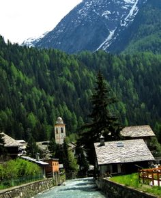 AYAS - CHAMPOLUC (Valle d'Aosta) - Italy - by Guido Tosatto