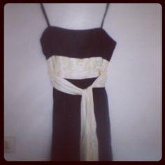 #selectdressing #luxurybrand #robe #maxazria #BCBG #luxe #dress #fashionaddict #blacknwhite #dakar