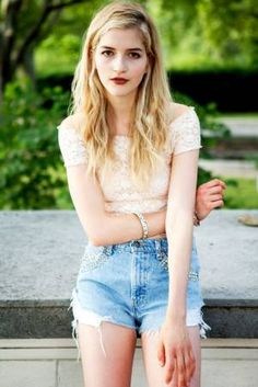 High waisted jean shorts + white crop top