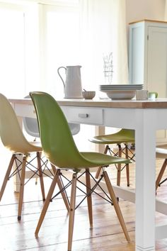 The Eames-inspired chairs were sourced on eBay.