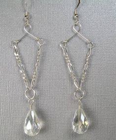 Wire, and Crystal Teardrop Earrings Chain,Wire andCrystal Teardrop EarringsChain,Wire andCrystal Teardrop Earrings Wire Wrapped Jewelry, Wire Jewelry, Jewelry Crafts, Beaded Jewelry, Jewelry Ideas, Diy Schmuck, Schmuck Design, Bead Earrings, Teardrop Earrings