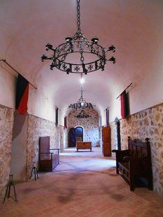 Parte Monacal del Castillo de la Muela. Este castillo perteneció a la orden de San Juan de Jerusalem