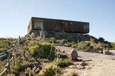 Mirante Casa Punta De Gallo / Rodrigo Santa María