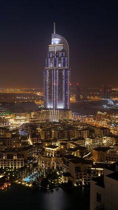 Dubai, United Arab Emirates, sight at night, the Burj Dubai Lake Hotel -  Dubai, Egyesült Arab Emírségek, látvány éjszaka a Burj Dubai Lake Hotel