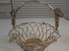 Godinger Silver Art Grape Fruit Basket w Handle, Vintage & Gorgeous