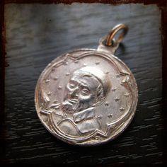 Antique Religious Medal with Saint Vincent de Paul - Vintage French pendant Saint Vincent, French Vintage, Pocket Watch, Saints, Antiques, Pendant, Unique Jewelry, Handmade Gifts, Accessories