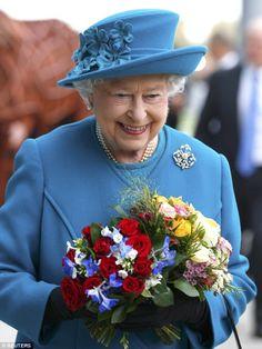 prettylittlefools:  Queen Elizabeth opened the new School of Veterinary Medicine, University of Surrey, October 15, 2015