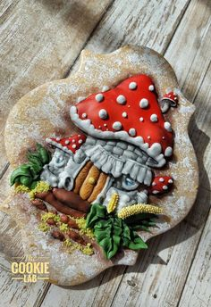 The Cookie Lab by Marta Torres  Coloured Royal icing decorated Cookie  #mushroomhouse #cookies #royalicing #thecookielab #martatorrescookies #royalicing #royalicingart (stamp bought)
