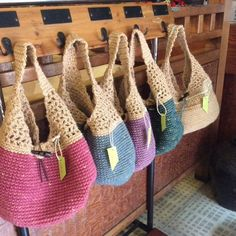 No pattern on the link to these bags, but could easily copy!