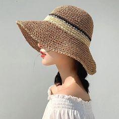 Crochet Summer Hats, Crochet Hat For Women, Crochet Beanie Hat, Knitted Hats, Crochet Tote, Knit Crochet, Sombrero A Crochet, Selling Crochet, Types Of Hats