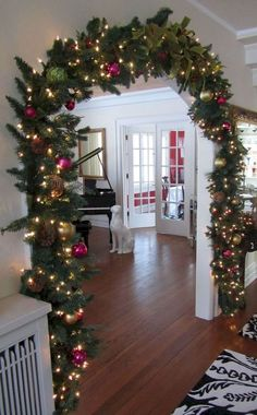 Of all the home businesses out there, Christmas Light Installation businesses may be one of the best kept secrets around. Most people think of hanging Christmas lights as a low paying, low potential, grunt work job, and therefore they Best Christmas Lights, Hanging Christmas Lights, Elegant Christmas, Holiday Lights, Christmas Home, Apartment Christmas, Hanging Lights, Christmas Trees, Silver Christmas Decorations