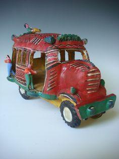 Medrano bus    http://www.mexicana-nirvana.com/catalog/item/7693654/8320266.htm
