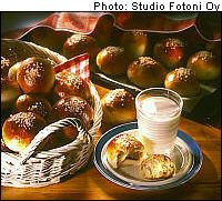 """Finnish sugar buns - click the """"dessert"""" link and the page opens to show the recipe. Also other recipes on this page"""
