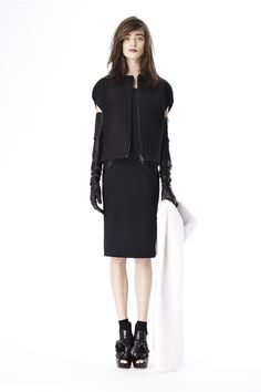 Vera Wang Pre-Fall 2014 - Runway Photos - Fashion Week - Runway, Fashion Shows and Collections - Vogue