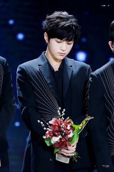 170114 ~ GDA. He is beautiful than flowers  #kimmyungsoo #infinite #L