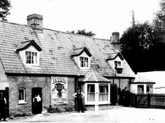The Unicorn PH Church Lane Trumpington, is now known as The Lord Byron Inn Cambridge Pubs, Honeymoon Night, Log Cabin Furniture, Back In Time, Birds Eye View, Old Photos, Lord Byron, Past, Places To Visit