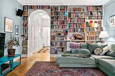 Love a home library. Home Library Design, House Design, Living Spaces, Living Area, Living Room, Home Libraries, Apartment Living, Home Decor Inspiration, My Dream Home