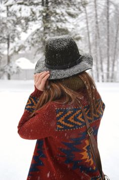 winter style | cozy Pendleton jacket and snowy hat (Being able to stay warm in wintertime).. Brrrrrr.