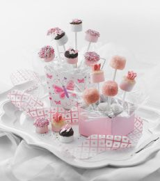 Chocolate and Marshmallow Choc Pops » Recipes » Cadbury Kitchen