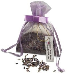 Lavender Seeds Favor in Organza Bag  (these would be easy DIY!)