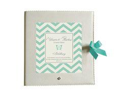 Hochzeitsgästebuch - Gästebuch 25x25cm ♥ mint grau ♥ Schmetterling - ein Designerstück von Bloomgart bei DaWanda