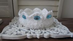Crochet White Crown / Photo Prop for Baby Boy by ZINULIS on Etsy, $13.95
